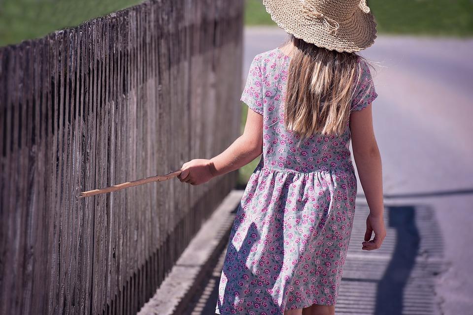 dziecko Porządek w ogrodzie musi być!